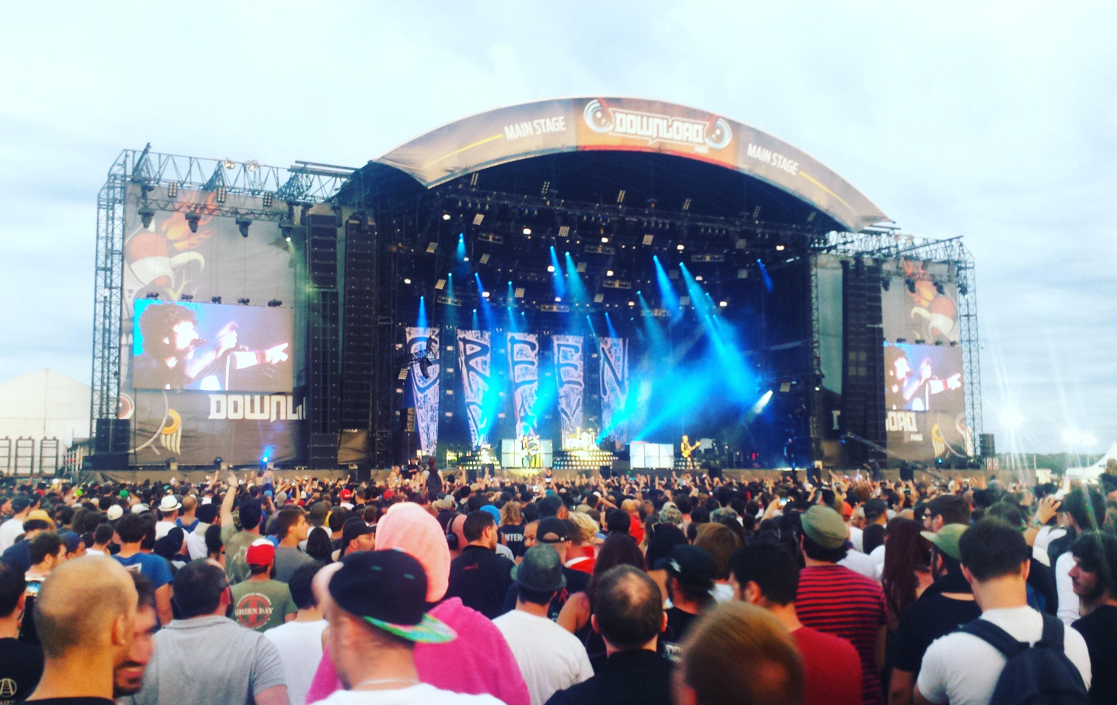 FESTIVAL REVIEW: Download Festival France - Sunday ...
